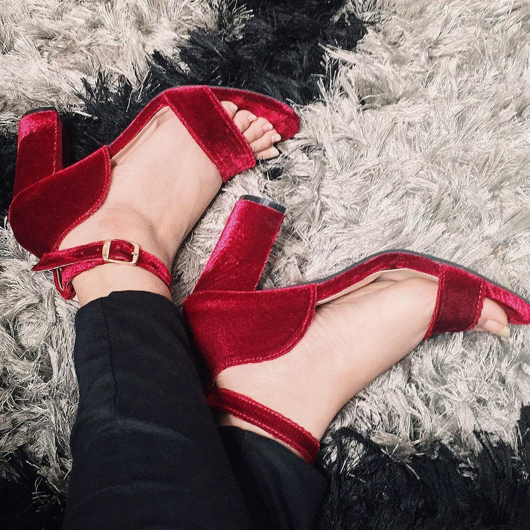 Pantofi superbi cu toc esentiali pentru vara anului 2019