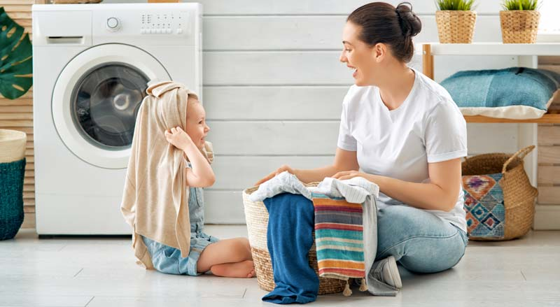 spalarea hainelor pentru bebelusi
